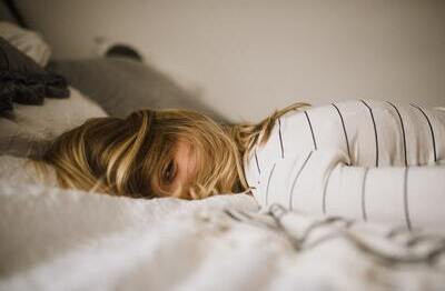 Follow the rules of sleep hygiene and find out how to fall asleep faster and get good-quality sleep.