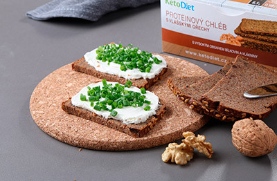 Add the new walnut protein bread to your diet right from the first step of the KetoDiet.