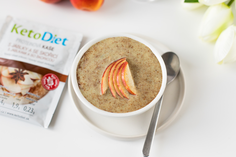 Protein mash with apples and cinnamon KetoDiet